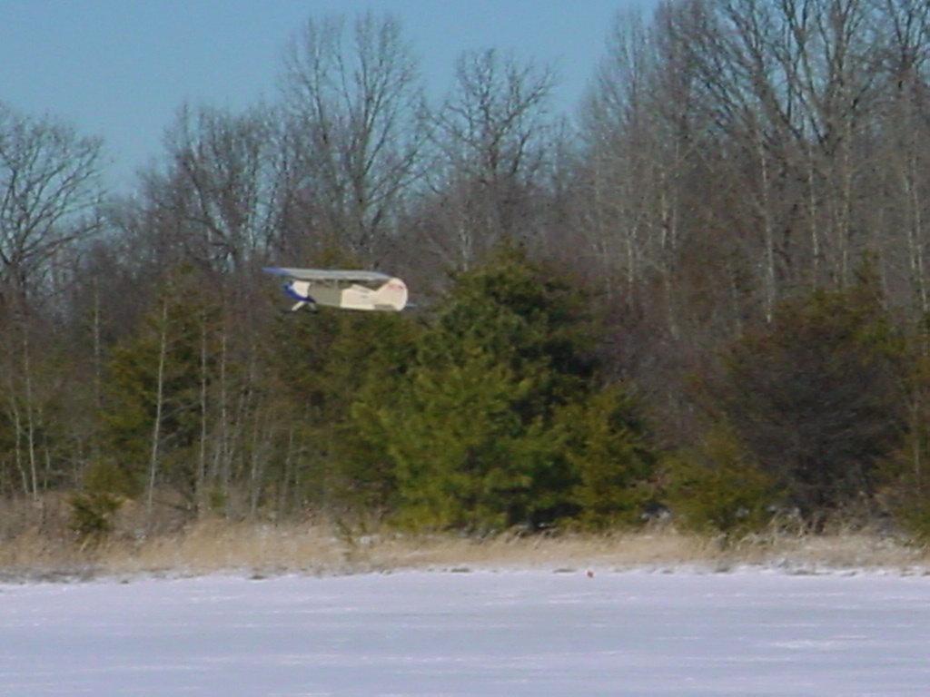 snow-flying-feb-1-2004-11