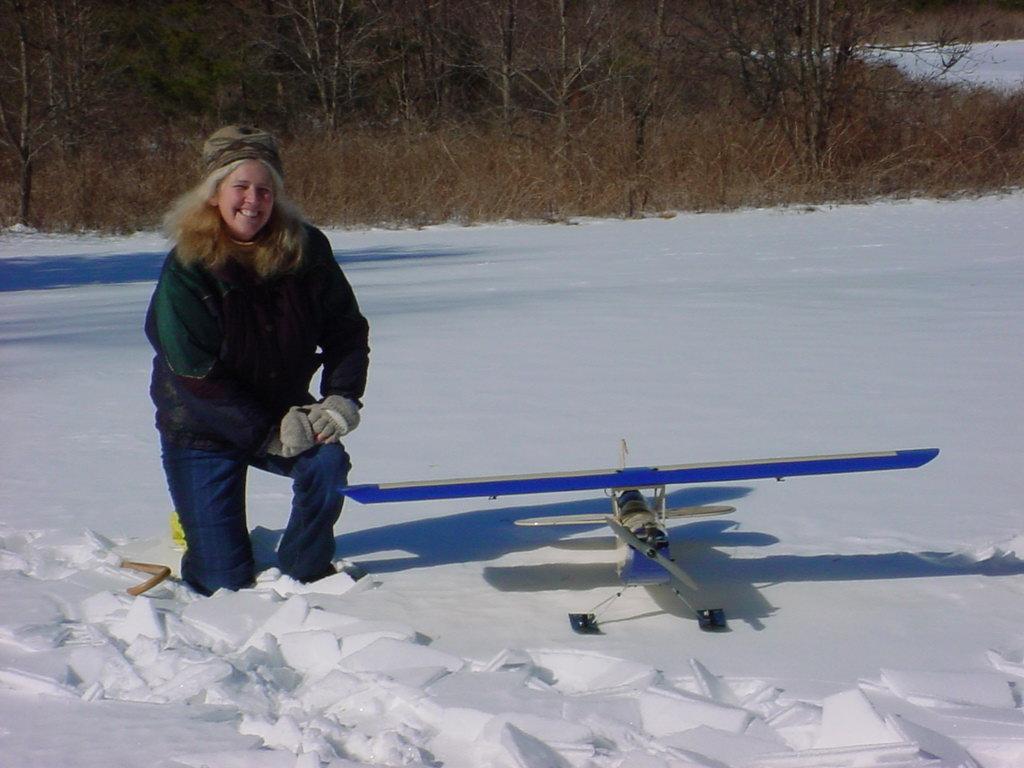 snow-flying-feb-1-2004-3