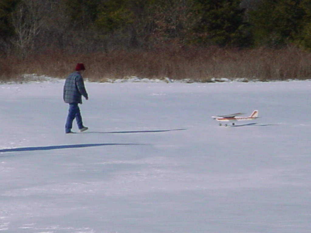 snow-flying-feb-1-2004-35