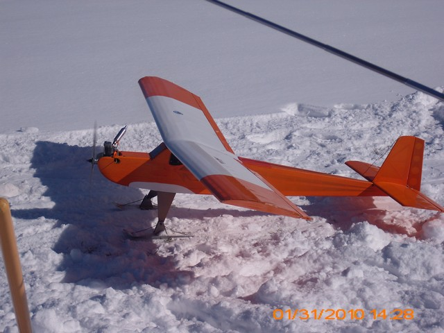 snow-flying-2010-014
