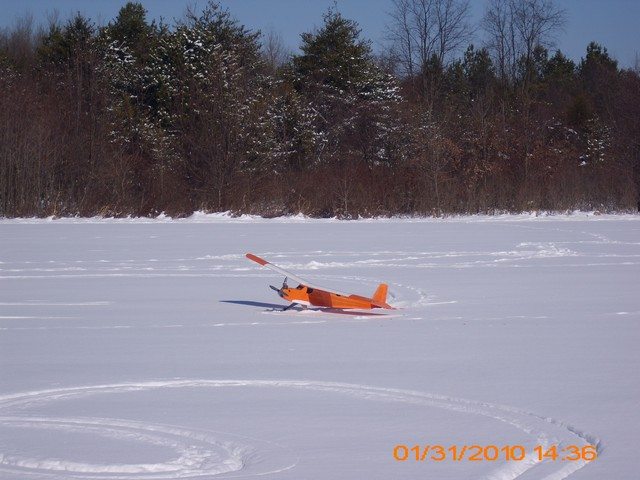 snow-flying-2010-017
