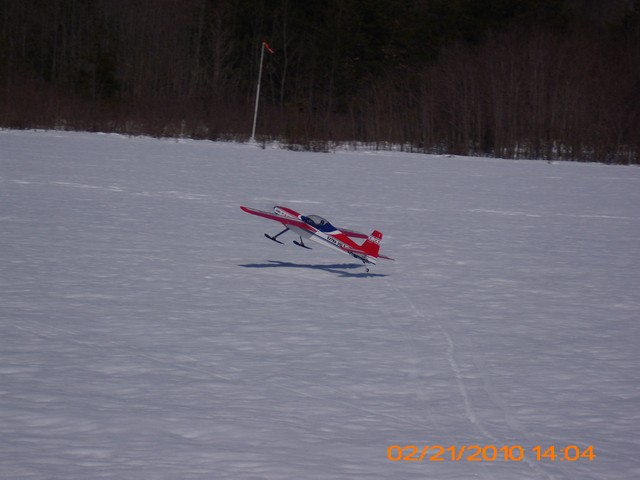 snow-flying-2010-081