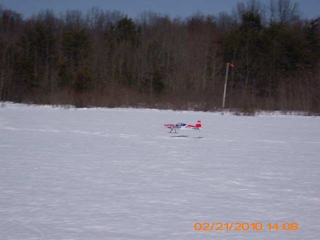 snow-flying-2010-085